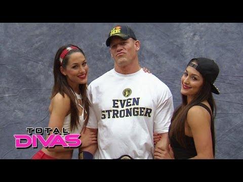Xxx Mp4 The Bella Twins Meet The WWE Universe At Comic Con Total Divas March 16 2014 3gp Sex