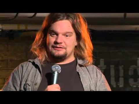 Koomikko Ismo Leikolan stand up show!
