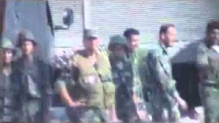 شام درعا الصنمين اقتحام عصابات الاسد المدينة واطلاق نار على المتظاهرين لفك الاضراب والعصيان المدني 25 10 2011 ج1