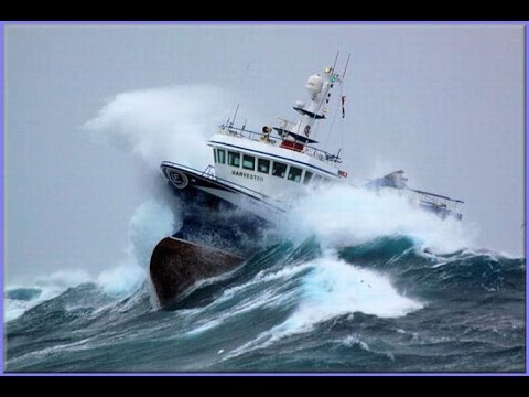 10 TOP SHIP IN STORM COMPILATION MONSTER WAVES