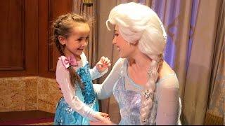 Disney World Trip Day 3 - MEETING FROZEN ANNA & ELSA