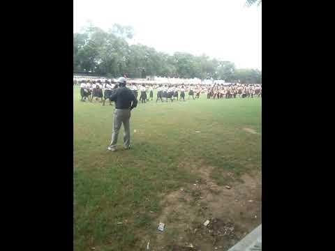 Xxx Mp4 15 August Independence Day Parad Ka Leya Rade Hota NCC Ka Javan An Girls 3gp Sex