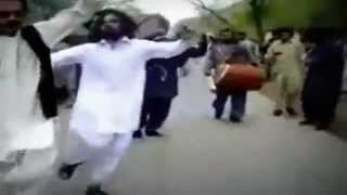 AFGHAN PASHTO Patriotic Song with Afghanistan´s National Dance Attan WARRIOR