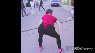 Best twerk by pakistani girl.  twerking on road..Hot butts