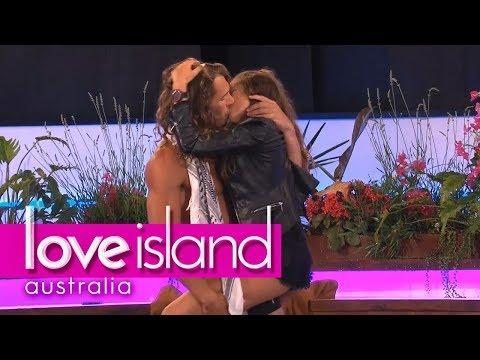 Xxx Mp4 Boys Treat The Girls To A Sexy Strip Tease Love Island Australia 2018 3gp Sex