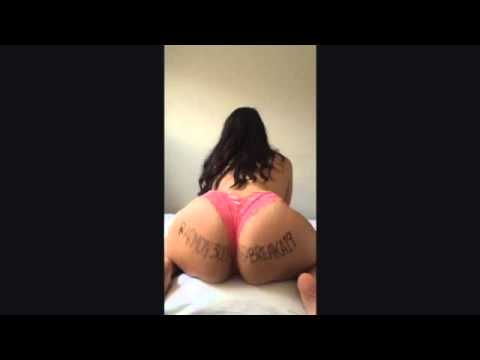 Big Booty Latina Twerking