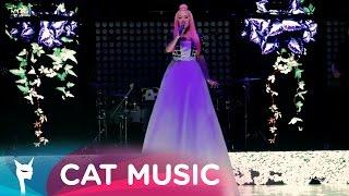 Download Delia - Ce are ea (Official Video Live)