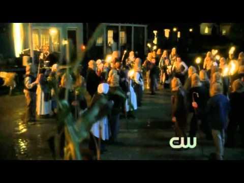 Smallville 10x06 Clark Saves Lois Best Rescue Scene Ever