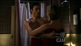 Smallville Escape Part 7 (chloe and Clark)