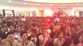Magkabilang Mundo - Jireh Lim LIVE @ Starmall San Jose Del Monte