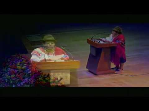 Poeta Kichwa Gladys Potosí en el Festival de Poesía Lenguas de América Carlos Montemayor