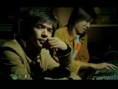 A Sun   Yezi Leaf 阿桑   葉子 feat Selina  amp amp  Joe Cheng MV