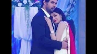 Kumkum Bhagya Pragya and Abhi romantic Love & Kiss  scenes