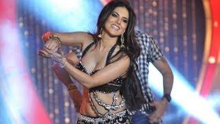 Sunny Leone's 'Laila Teri Le Legi' Live Performance | Shootout At Wadala
