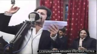 YouTube - RAHIM SHAH & NAZIA IQBAL - TOR ORBAL.flv