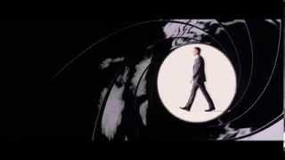 Daniel Craig in Daniel Kleinman Gunbarrel