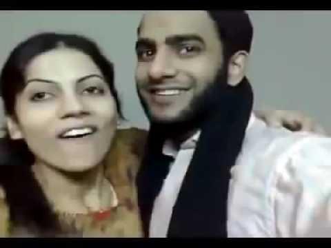 Xxx Mp4 Desi Pakistani Molvi Aur Larki Ki Kamaal Kiss 3gp Sex