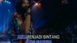 Nicky Astria Misteri Cinta (Live)