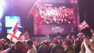 You'll Never Walk Alone (@ the Last Night of the Proms 2010)