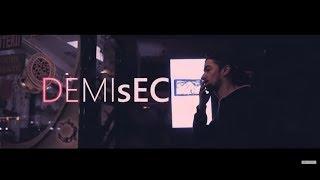 DEMIsEC - FALS ! (Official Video)