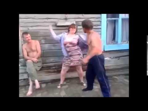 pyanie-devushki-i-parni-video