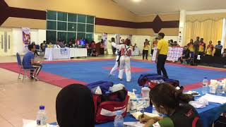 Taekwondo SUKIPT 2018- Goh Zhi Lin vs Tey Hsien Chyi