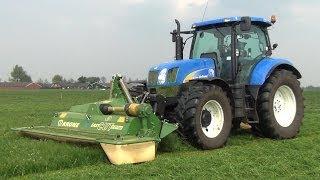 New Holland T6080 met Krone Easy Cut maaiers