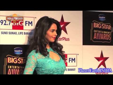 Xxx Mp4 एक MMS और जिंदगी बर्बाद Bollywood Actress Weird Moments Gone Viral 3gp Sex