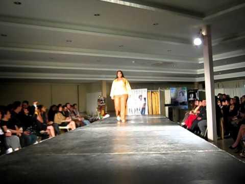 Desfile Genesis 2011 de Moda Para Gorditas C.A.