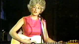 COUNTRY VIDEO   DOLLY PARTON   JUST BECAUSE I'M A WOMEN