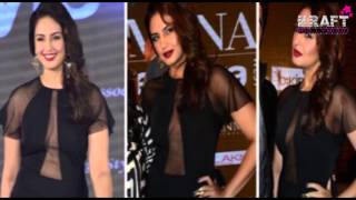 Bollywood Actress Hand on Hip Poses Hot Images