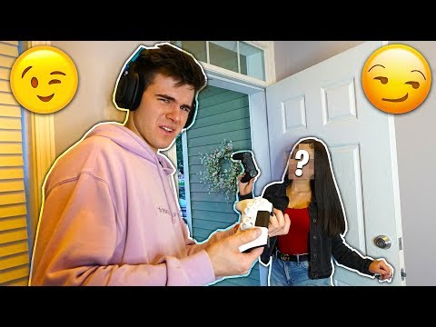 I found A Hot Girl On Fortnite and She Came To my House but things got weird