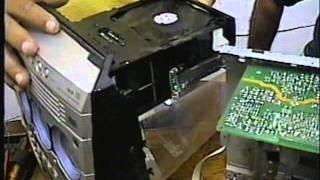 Som Philips 5 CDs dando NO DISC. Como limpar rapidamente a lente sem desmontagem