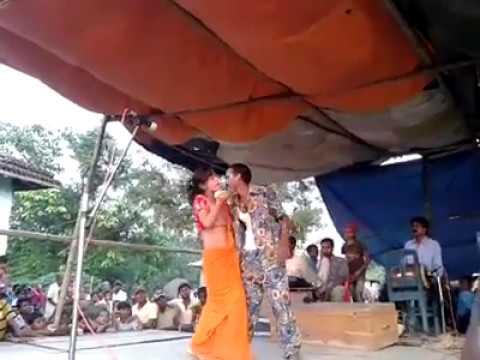 Xxx Mp4 Naee Jhulani Ke Chhaiyan Naee Jhulani Ke Chhaiyan Hot Arkesta Dance 3gp Sex