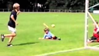 calvin 1e voetbaltraining  - 17-08-2011