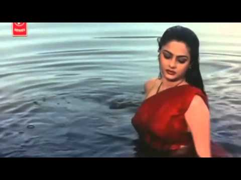 Xxx Mp4 Mamta Kulkarni Bath In River 3gp Sex