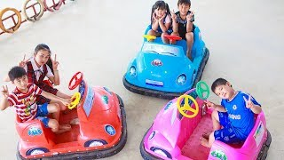 Kids Go To School | Chuns and Best Friends Fun In Ball House BIG The Children