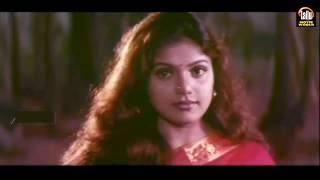 Malayalam Lip Lock Kiss | Actress Cleavage | Malayalam Actress Romance With Her Lover In Bed