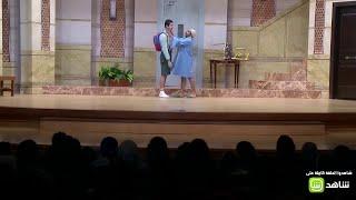 محمد أنور يهدد بالإنسحاب من المسرحية بسبب ضرب أوس أوس .. أشرف عبدالباقي يتدخل
