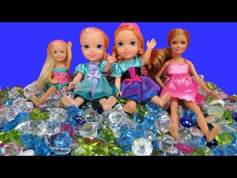 PLAYING and Bathing in GEMS! ELSA & ANNA toddlers, Stacie & Chelsea BATH in DIAMONDS! Lots of fun!