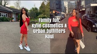 VLOG 26: Funny Family Breakfasts, Kylie Cosmetics Haul and Shopping with My Mum