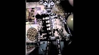 endoskeleton sings spooky scary skeletons
