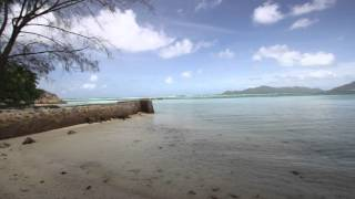 Seychelles - landing at Mahe' - HD video shot with Canon 7D - Watch in HD quality!