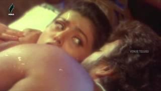 Roja - Chiranjeevi Romantic Scene - Big Boss Telugu Movie Scene