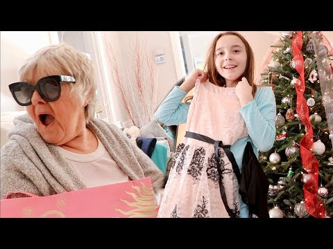 Xxx Mp4 SURPRISING MY FAMILY WITH 10 000 IN CHRISTMAS GIFTS 3gp Sex