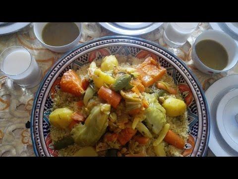 طريقة عمل الكسكس المغربي باللحم والخضر خطوة بخطوة