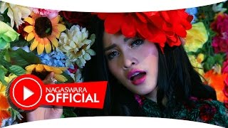 Duo Anggrek - Panggung Dangdut (Official Music Video NAGASWARA) #music