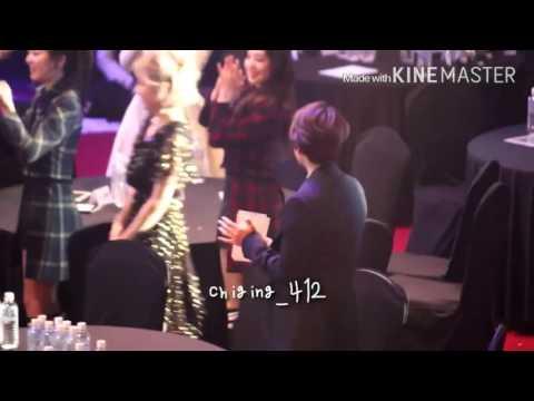 160217 Baekhyun cold reaction to taeyeon after she won