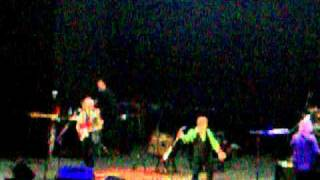 Yes- Owner of a Lonely heart- Luna Park (Buenos Aires 19/11/2010)