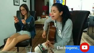 Daniela Calvario Noche de bohemia interpreta varios covers